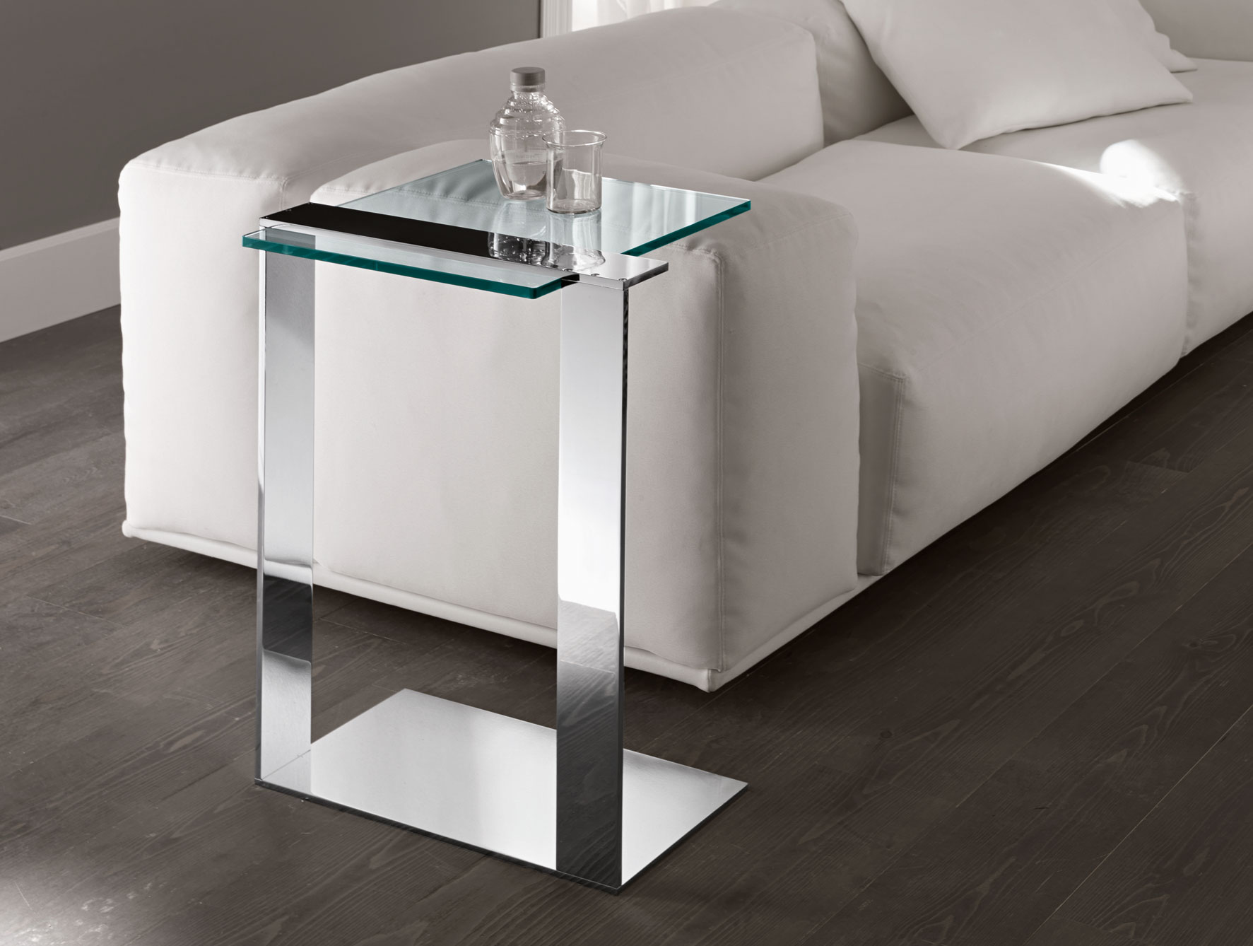 nella vetrina tonelli joliet contemporary italian chrome end table extra small accent tables unfinished round dining distressed wood coffee and tool cabinet robert abbey lamps