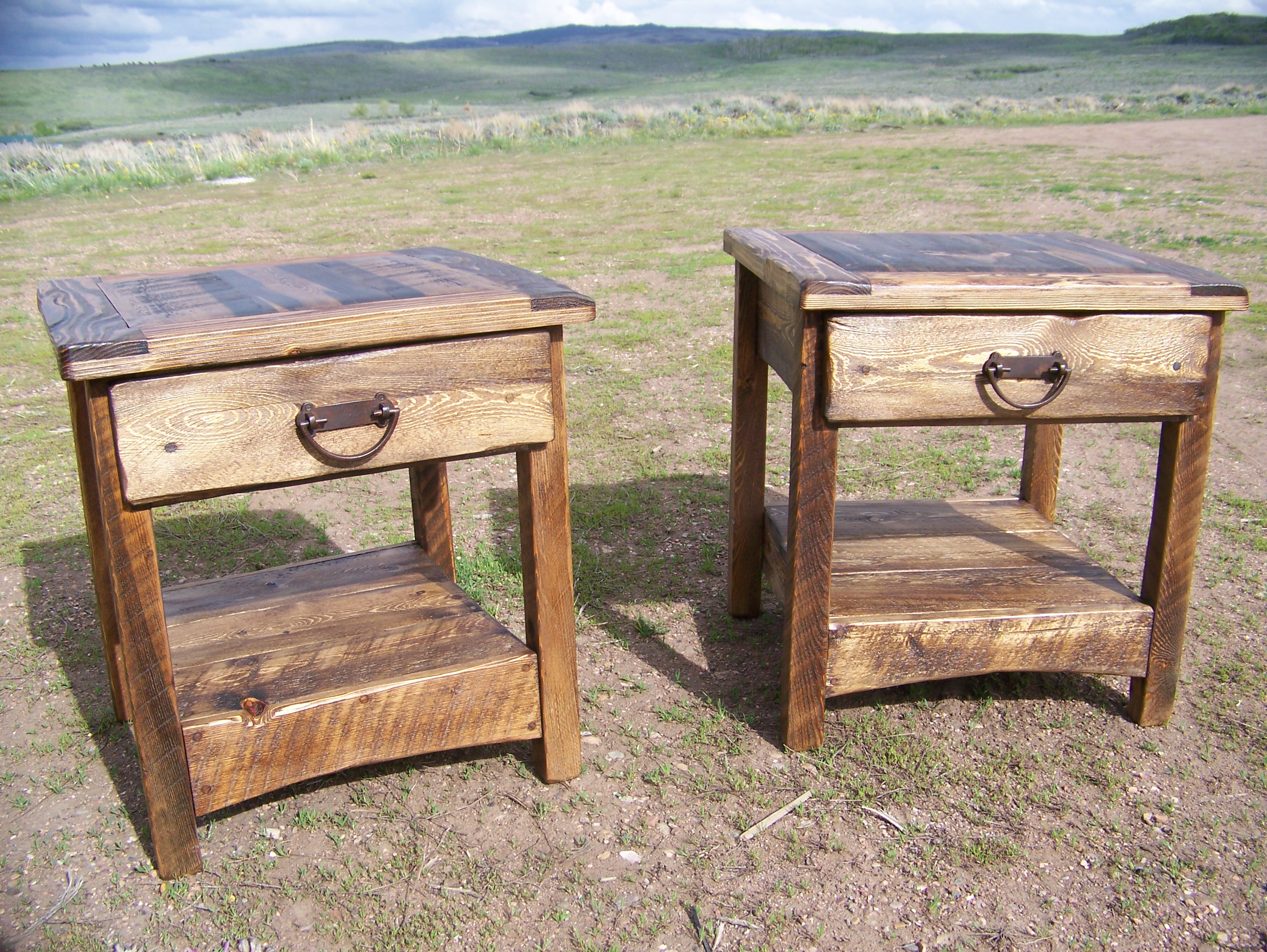 popular rustic end tables and coffee with about which one cabin reclaimed wood table plans sofa toronto iron crib diy small dog house clear acrylic side ideas for living room the