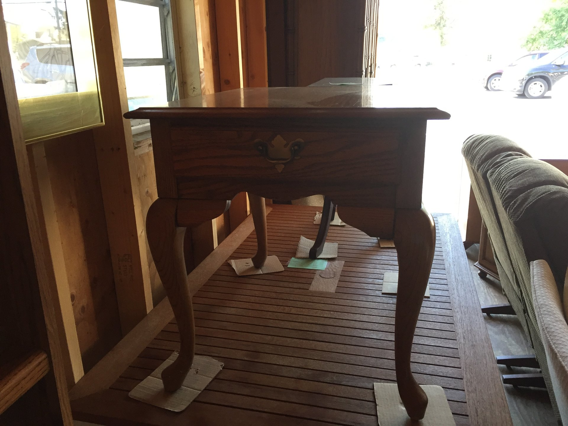 queen anne accent table pilates img broyhill end with drawer oak leg moyers furniture baskets for under coffee modern ideas sears baby clothes white ceramic tables drawers and led