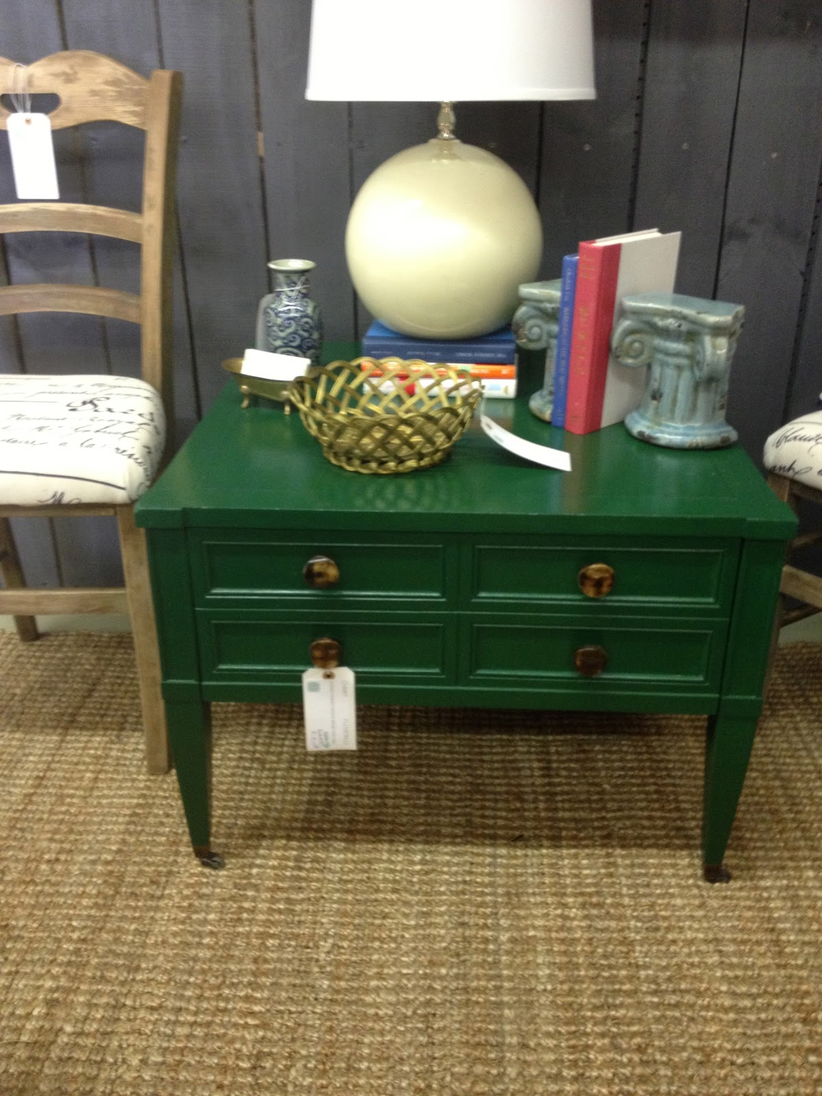 queen hearts color trends for from the img emerald green accent table antique marble coffee jcpenney bedroom sets round garden tray west elm rocking chair decorative wine rack