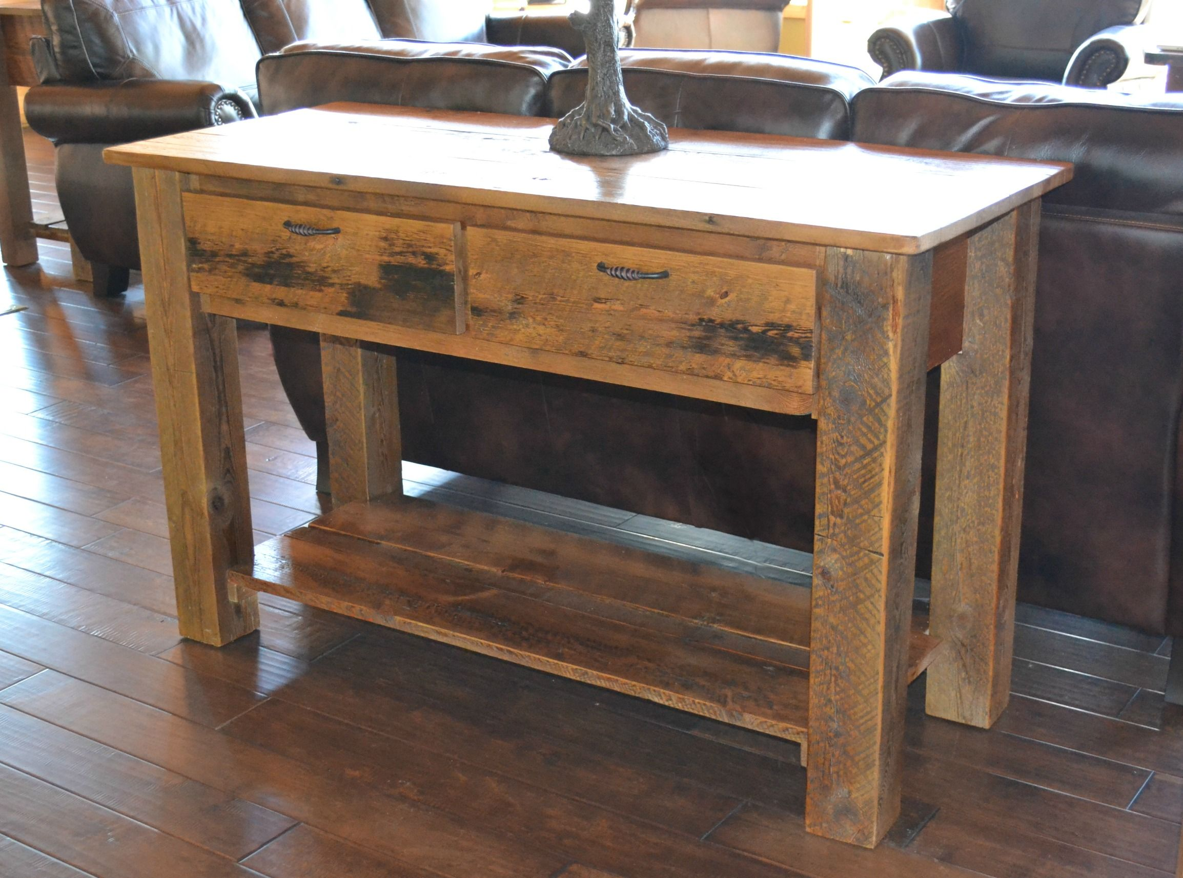 reclaimed barn wood furniture rustic barnwood accent table mall timber creek dale tiffany lamp patio las vegas inch tall nightstands curved umbrella entry decor ideas small