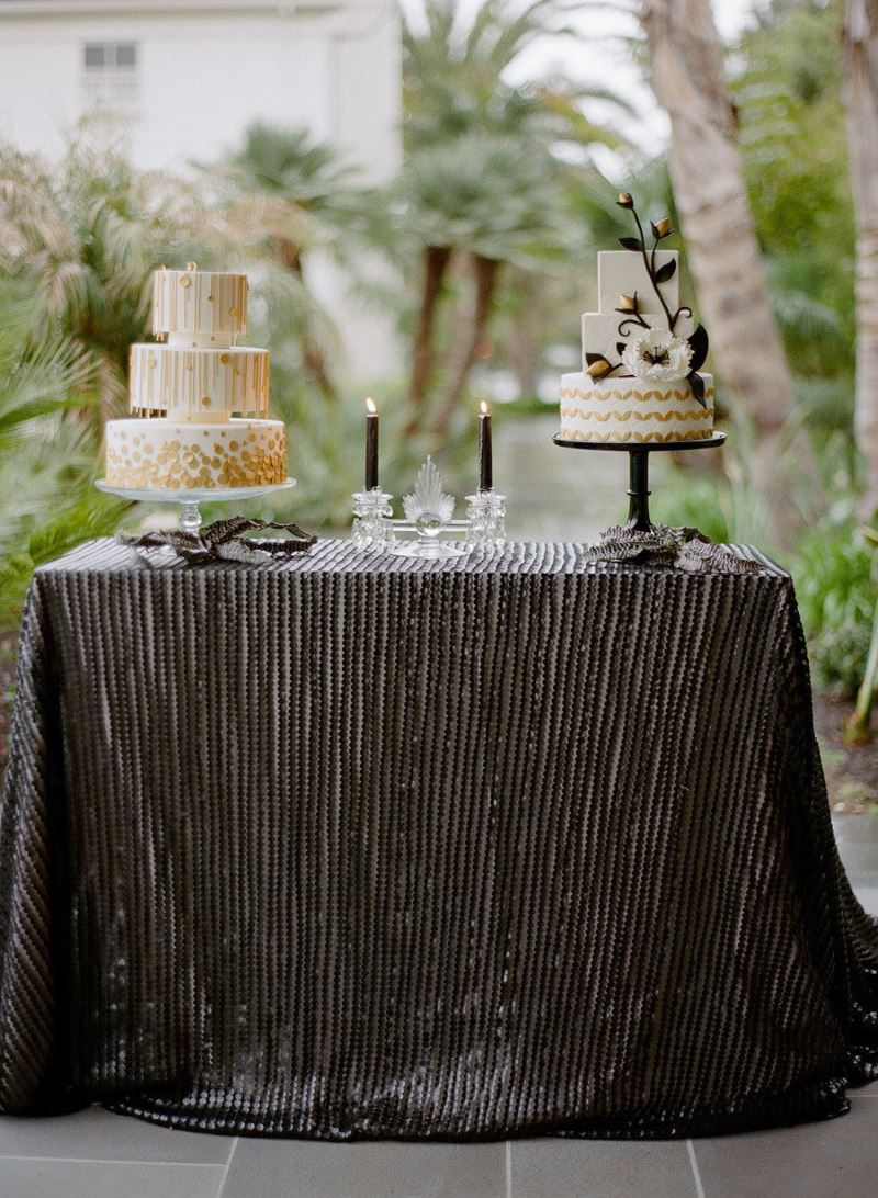 round tablecloths for summer entertaining black leather table linen from candy crush events accent cloths create sophisticated drama with tablecloth eileen gray side target gold