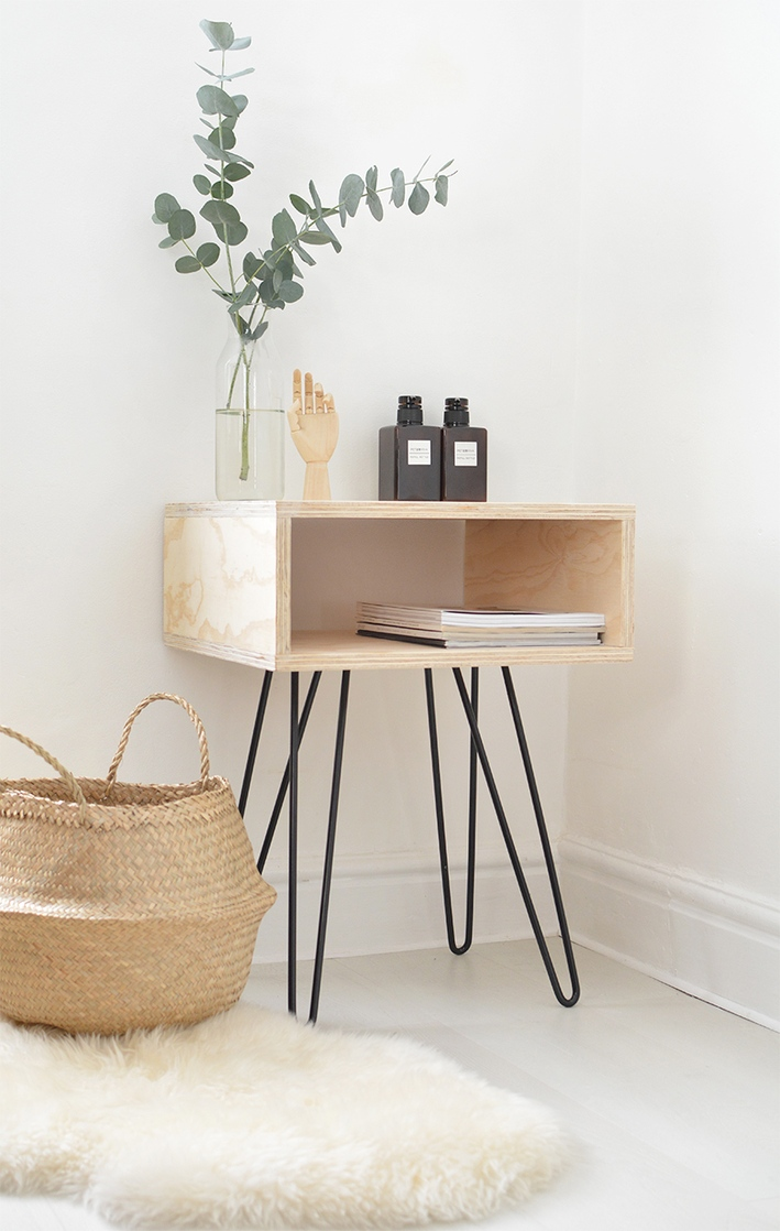 roundup gorgeous diy wooden accent tables curbly table modern home furniture black wrought iron end treasure chest small storage rectangle patio cover hairpin legs ikea drawer