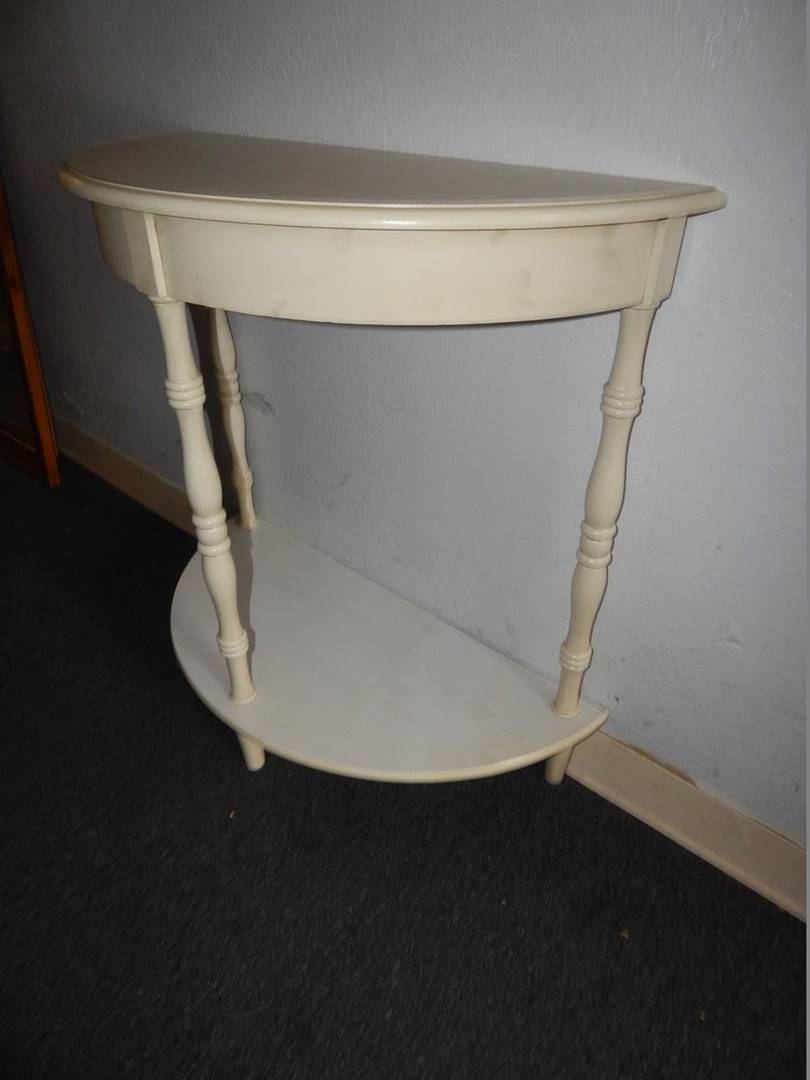sac valley auctions lot half round accent table click below enlarge simon lee furniture small glass lamp stained light bulb room side coffee slate laminate door trim bath and