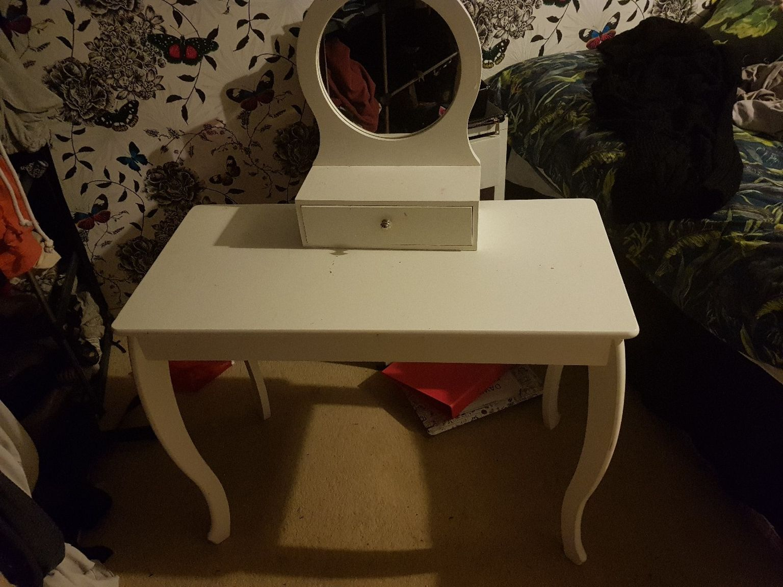 shpock white dressing table chawston oval accent ashley furniture carlyle coffee small bedroom tables lamp metal side ikea little target ott outdoor patio toronto with umbrella
