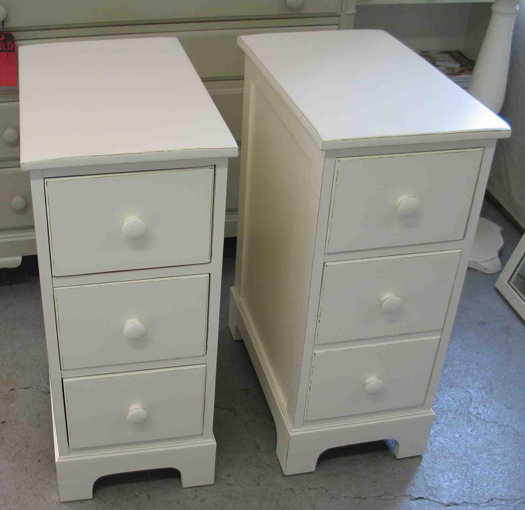 splendid shaker black drawer bedside table diy small for lamp room childrens ide round walnut mirrored tables grey kmart argos lamps modern beech high lampshades target gold