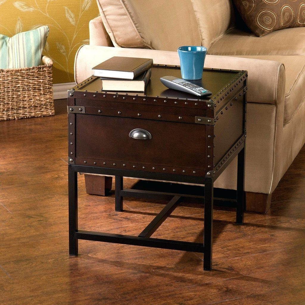 steamer trunk end table design ideas for fancy coffee vintage style lift pier one accent tables mercury lamp granite set desk cable management party centerpieces natural wood