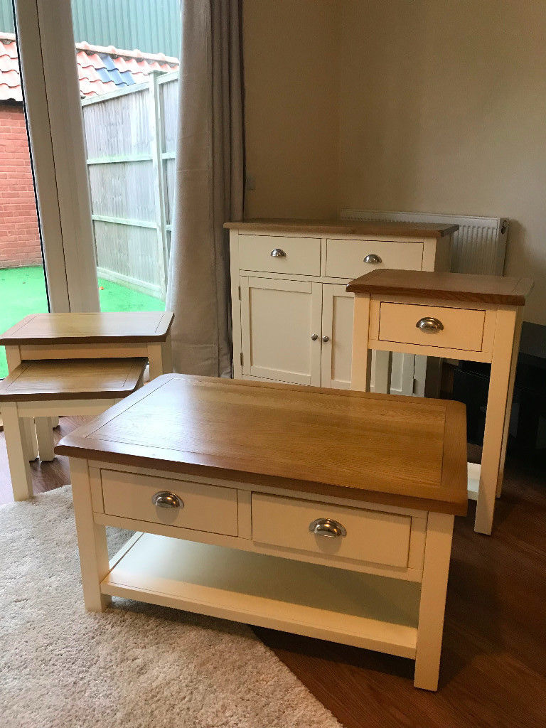 storage trunk coffee table wood and metal living room tables long side accent cabinets with drawers danish end sauder bookshelf uttermost lighting vintage crystal lamps counter