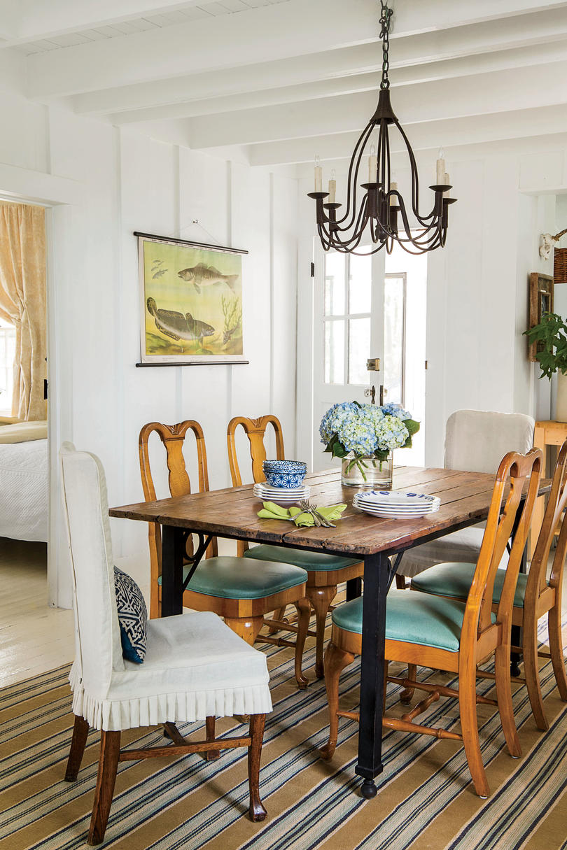 stylish dining room decorating ideas southern living iron wood dinning corner accent table for rustic and drop leaf breakfast height furniture packages lighthouse lamps nautical