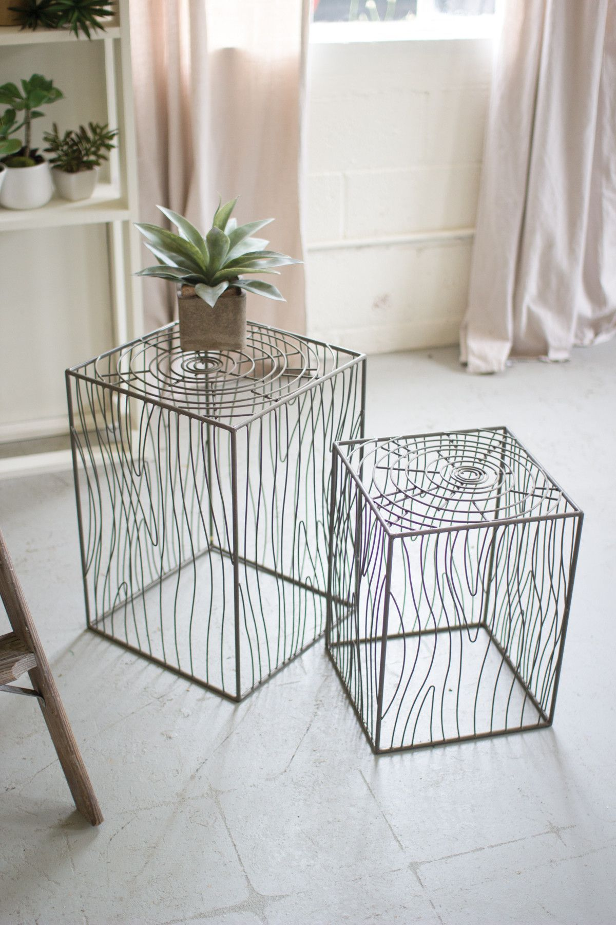 these mini accent tables use curved lines mimic the natural table beauty narrow oak coffee apartment size furniture target garden stool brass finish kmart outdoor unique round