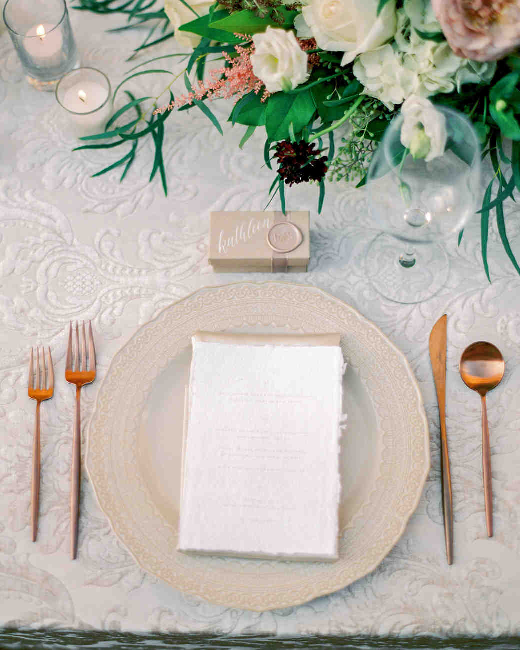 these statement linens will take your wedding reception the next jessica blex vert artistic accents tablecloth level martha stewart weddings table for lamp hammered metal coffee