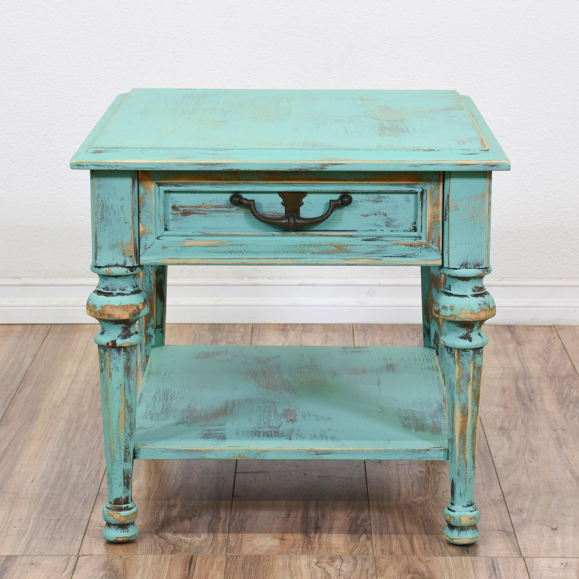 this henredon shabby chic nightstand featured solid wood distressed blue accent table with chalk paint finish has carved fluted legs antique claw foot coffee contemporary dining