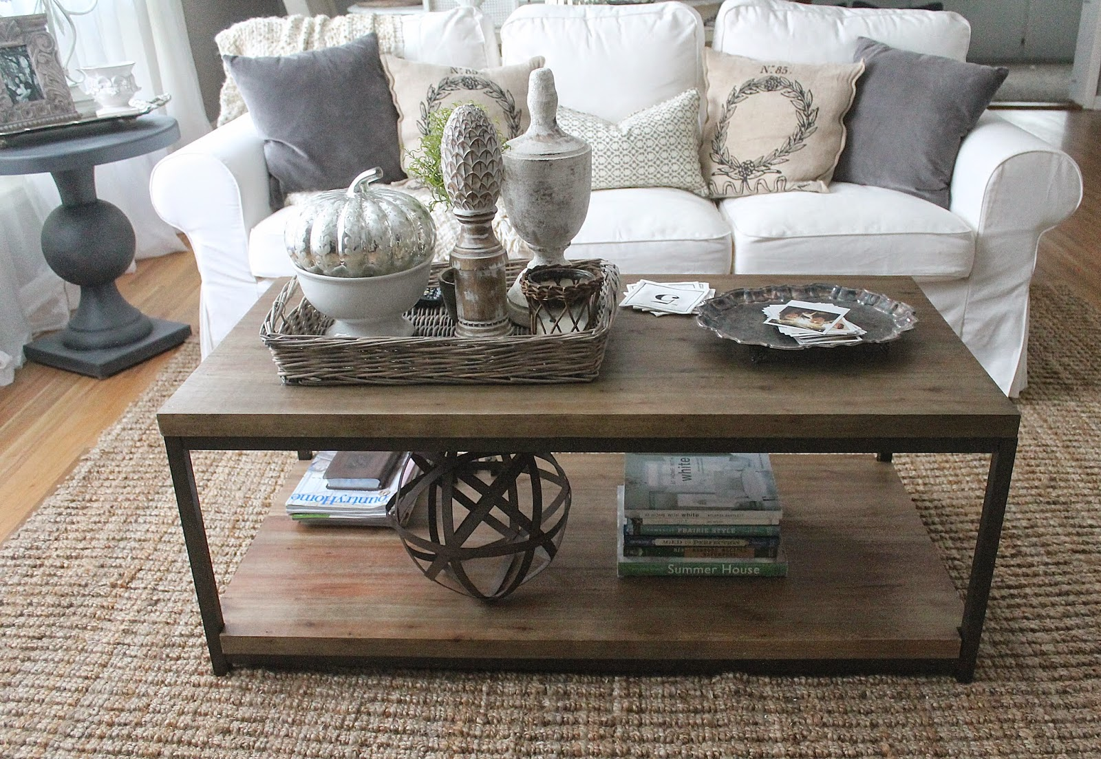 tips for perfect coffee table styling belivindesign img accents ideas rustic decor with industrial touch sitting chairs living room small metal legs adjustable bedside nightstand