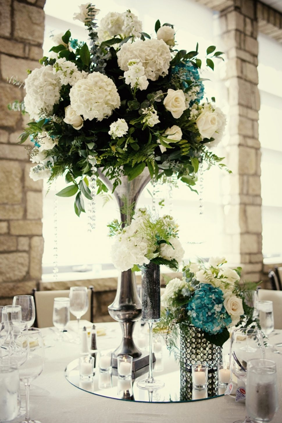 wedding ideas elegant reception centerpieces ivory hydrangeas teal accents table decorations with lanterns centerpiece candles for round tables weddings without flowers floating