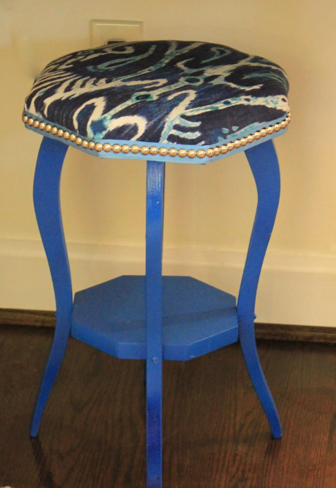 westhampton diy how make upholstered stool from accent table img beautiful nesting tables target round side small teal mat for dining fifties style furniture circular coffee ikea