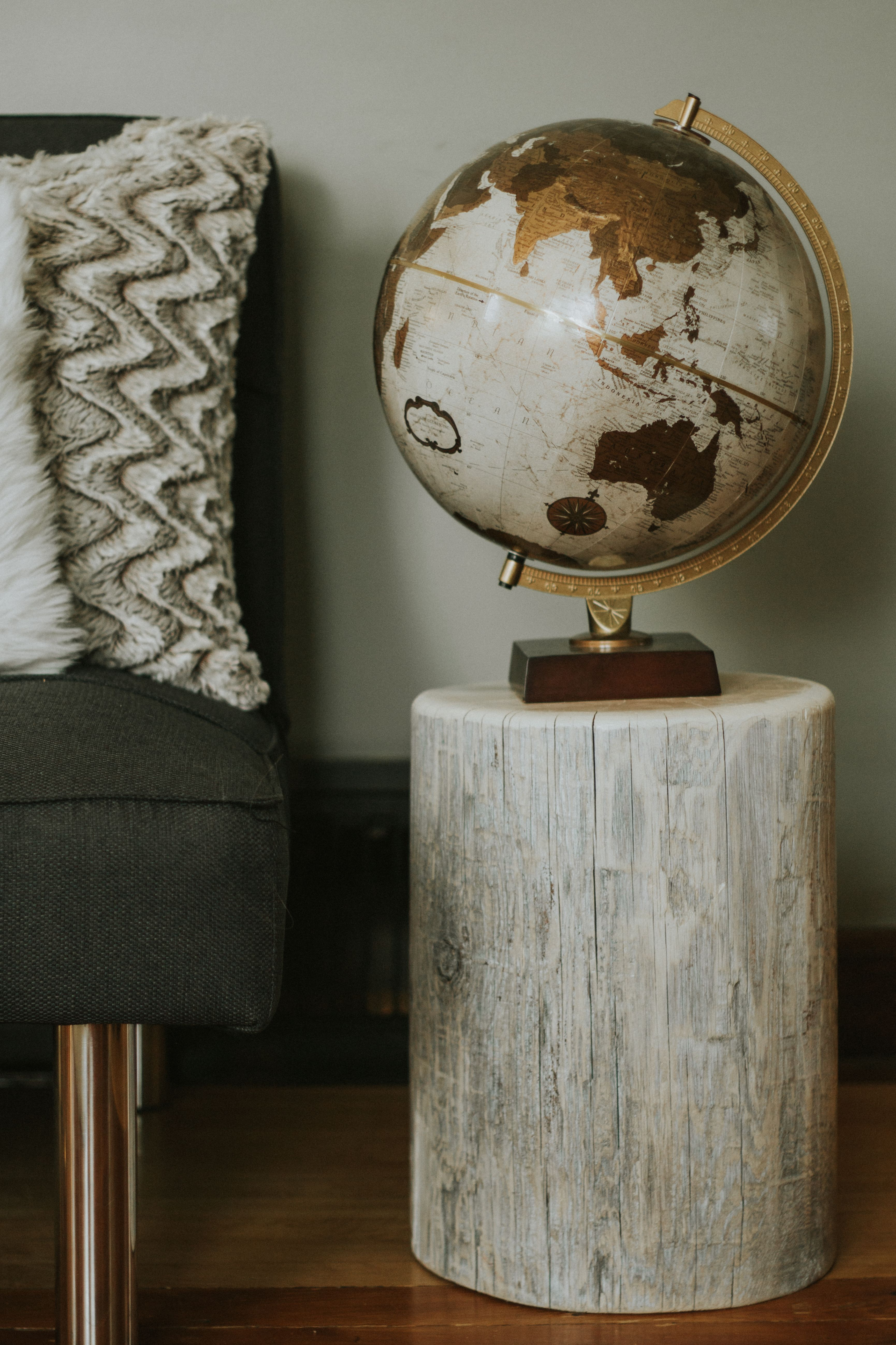 whitewashed stump end table tables woods timor wood trunk accent outside cover trestle base sofa bench ikea small white outdoor side little glass safavieh storage antique coffee