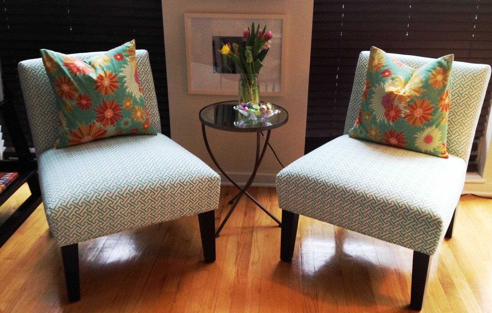 wonderful blue accent chairs for living room attractive awe nice home design ideas small red table full size excellent swivel outdoor glass side tall chest west elm furniture