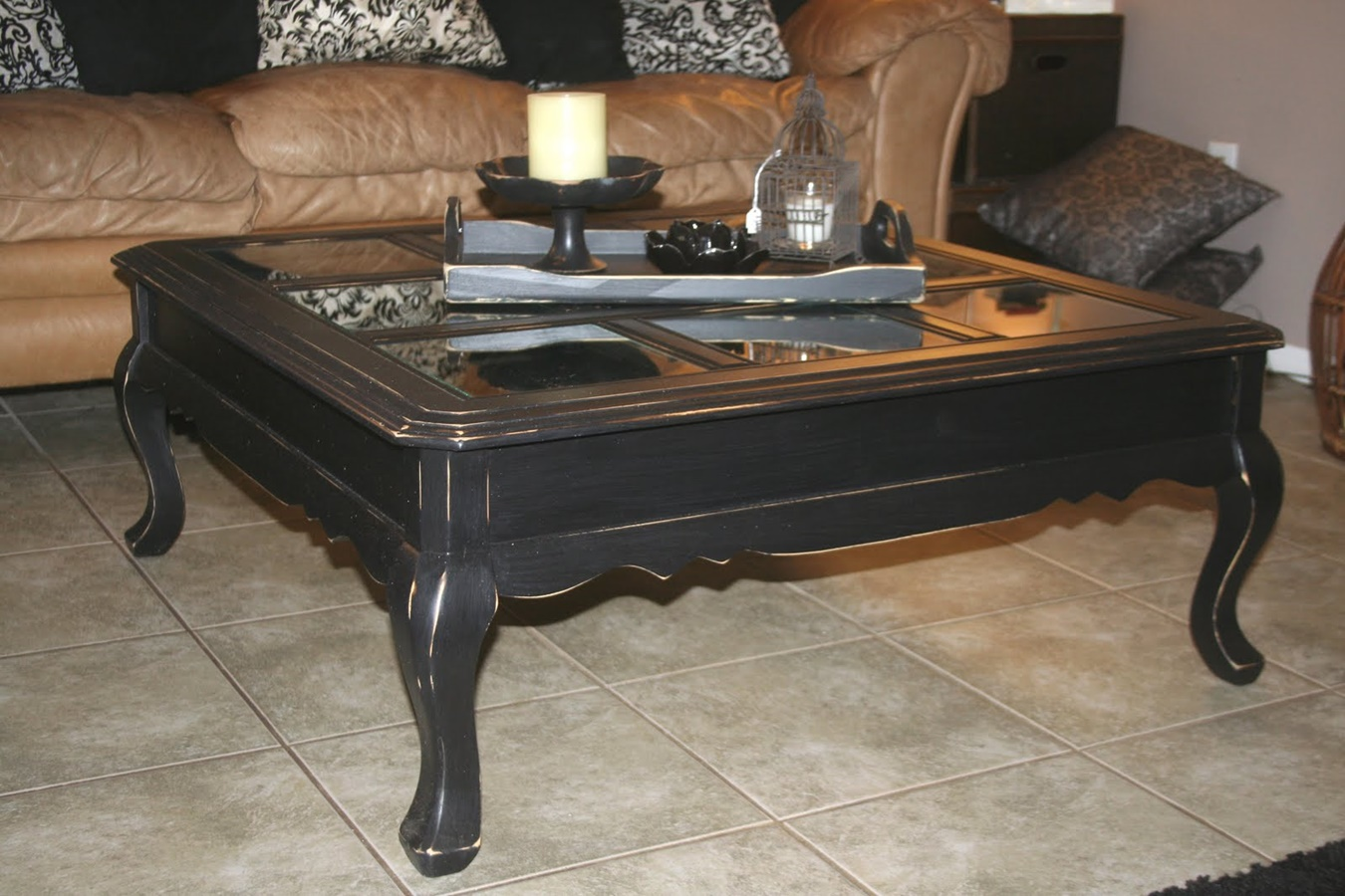black distressed coffee table wood and end tables spray paint what size lamp for living room amish dining chairs pine side medium dog cage white furniture sofa set round glass