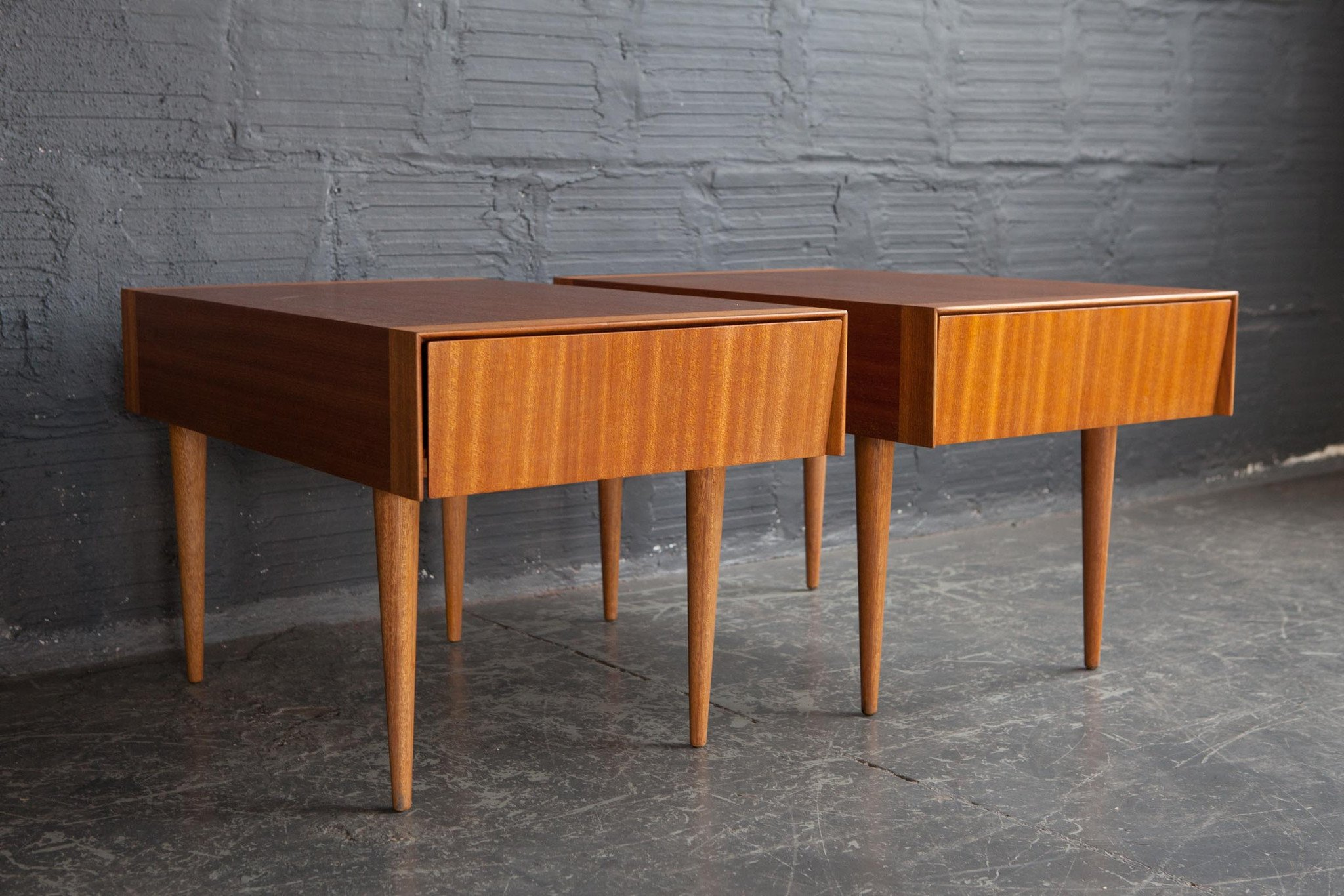 brown saltman mahogany end tables pair the good mod table acme bar and coffee standard lamp height lazy boy furniture corporate office diy industrial pipe frosted glass side ethan