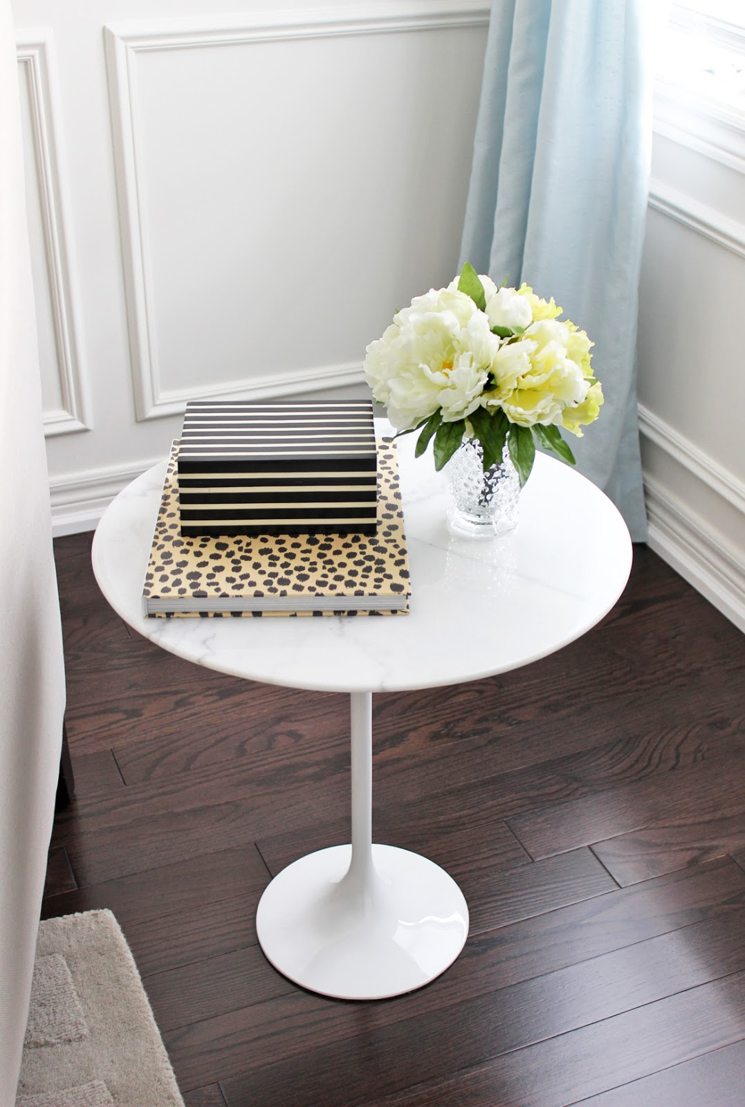 different ways style end table marble small tulip decorating tables with lamps laura ashley home london trunk lamp black wire bedside target cube shelf magnolia entertainment