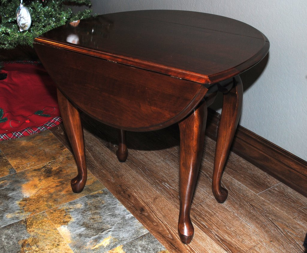 kincaid queen anne style drop leaf side table rosewood bargain barn kincaidtabledropleaf end mirror accent nightstand matching coffee and tables barnwood inch high console wick