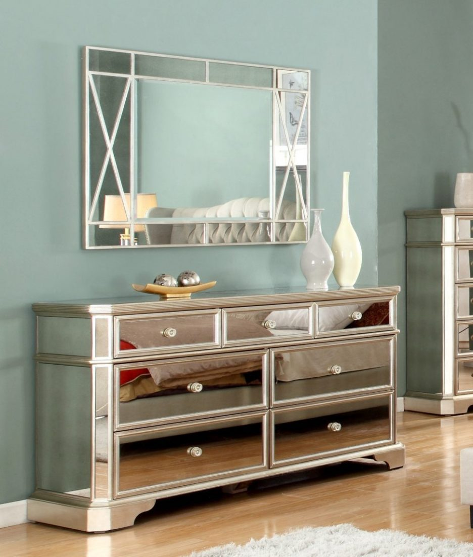 mirrored chest draws bedside furniture vintage table glass bedroom end tables glamorous shipping boxes coffee with pull out chairs ethan allen ladder back dining leick laurent