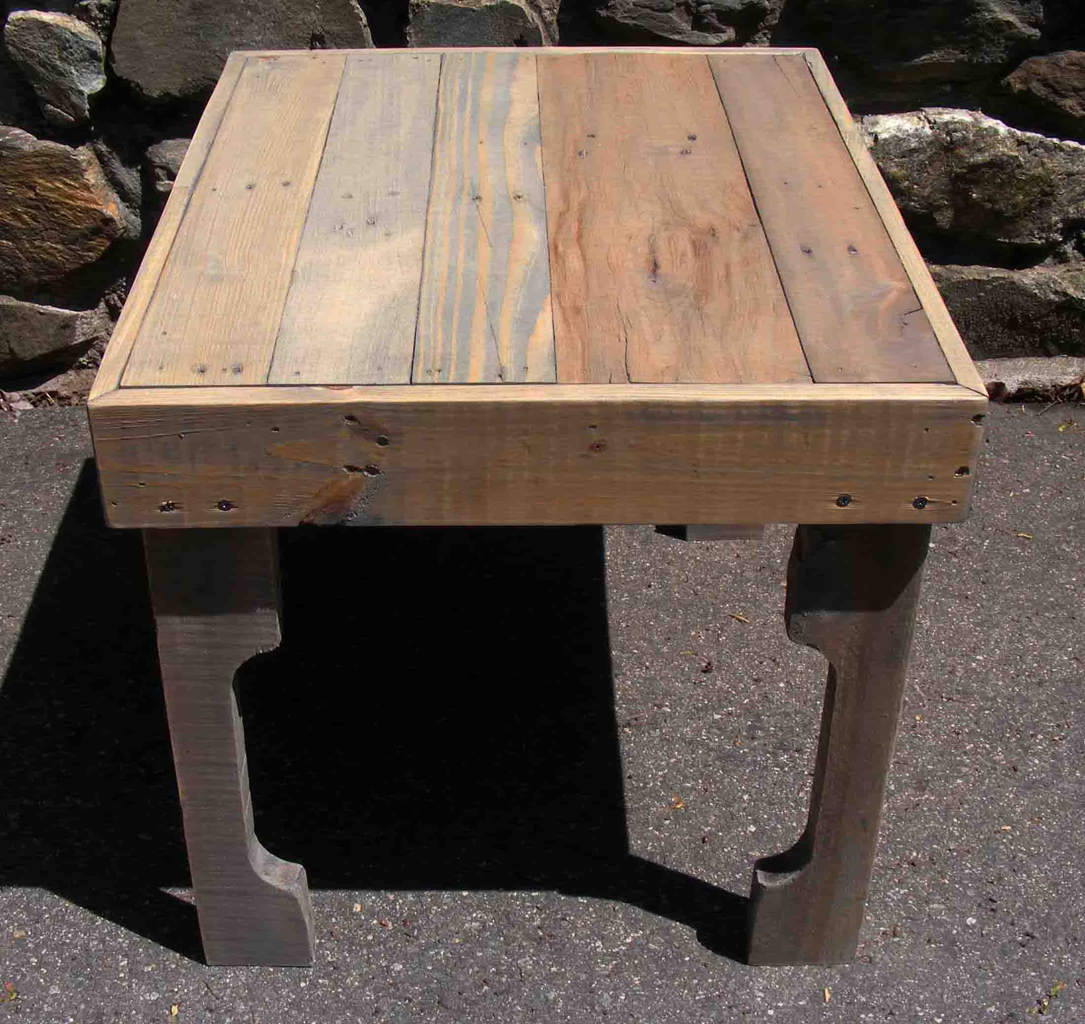 reclaimed pallet end table megan furniture acme bar nyc sears coffee tables pottery barn chesterfield sofa glass nesting target dining set living room with marble powell accent
