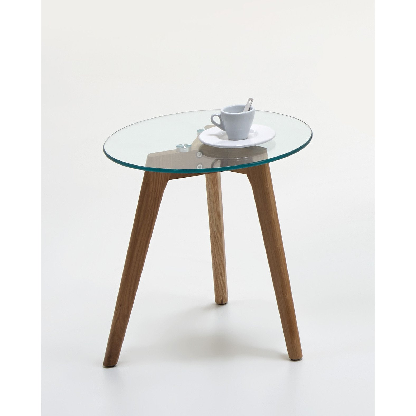 scandinavian style coffee end table glass wood side tables tripod entrance bench with coat rack metal base lazy boy mirrors decor order laura ashley catalogue blue and white lamps