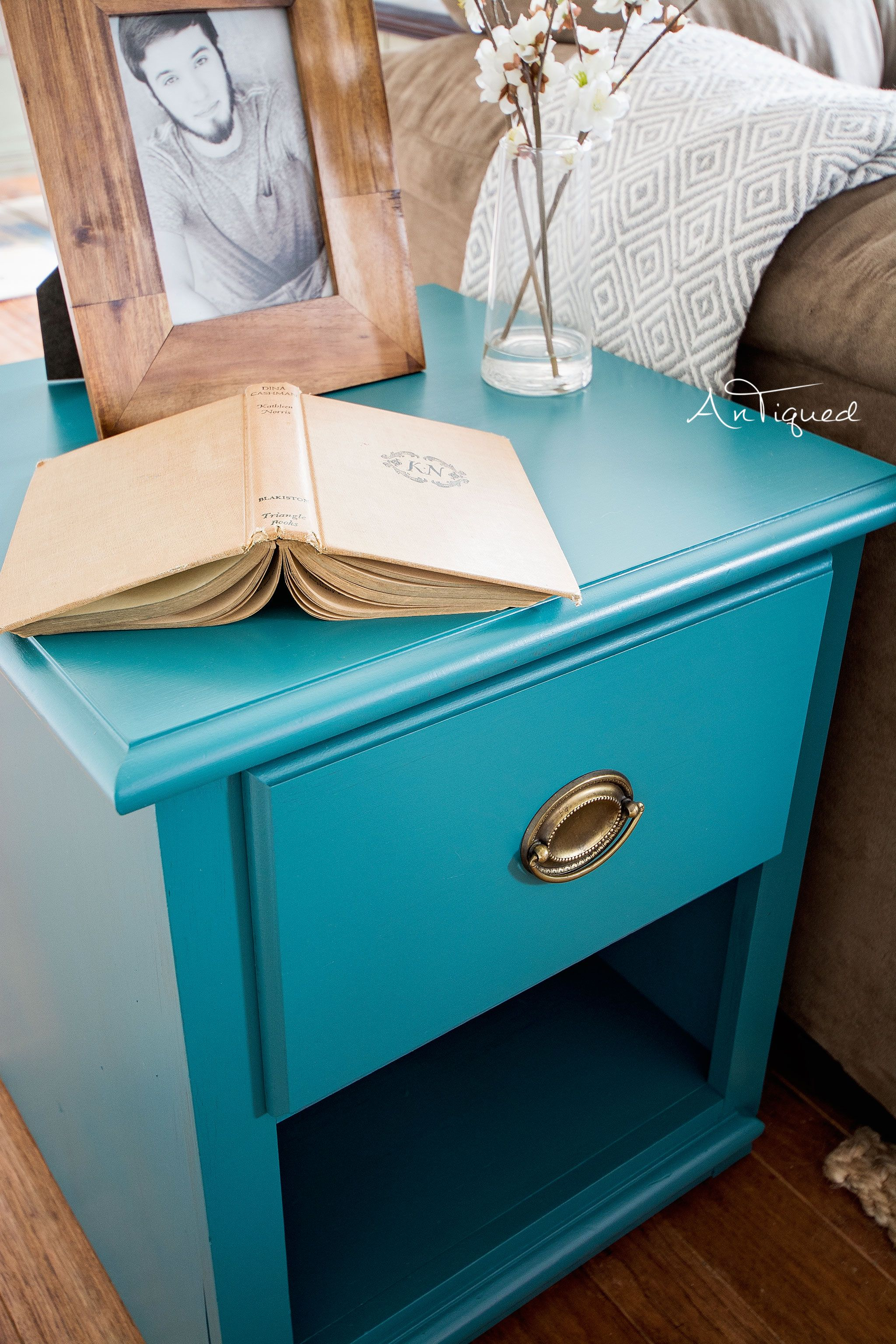 teal painted end table the mint leaf tables blue paint dresser colorful furniture luxury dining room narrow parsons console powell monster bedroom replacement glass for patio bar