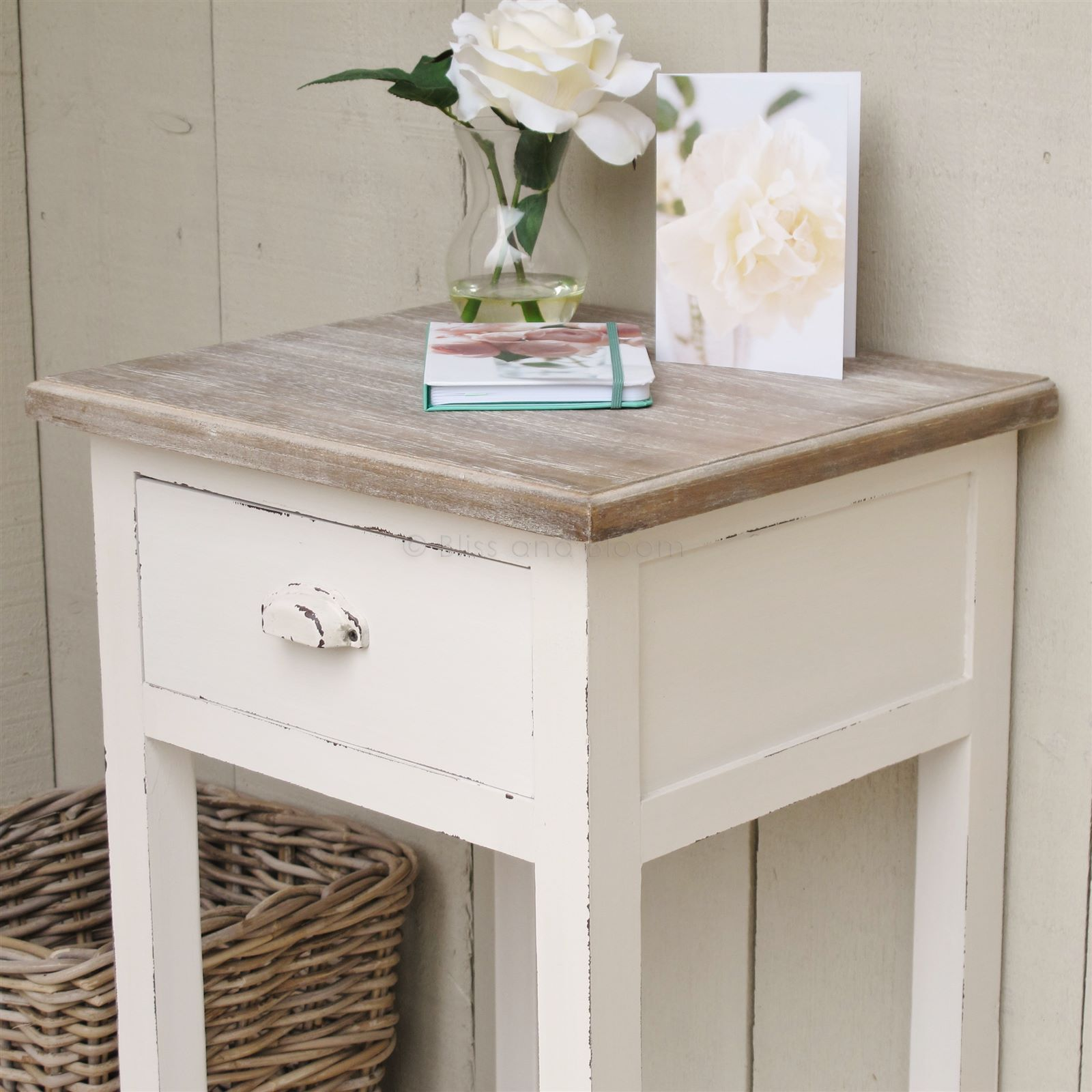 white end table focal point for the room looks great and distressed tables tures furniture design off round plastic outdoor narrow coffee espresso chairside sofa made from pallets